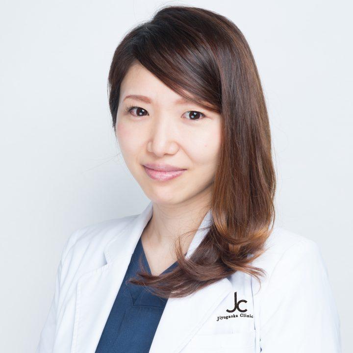 皮膚科・美容皮膚科医の鈴木悠花さん