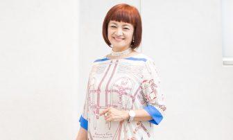 「老けない体」を作る姿勢&簡単エクササイズ2つを70歳Gカップの美容家が伝授!
