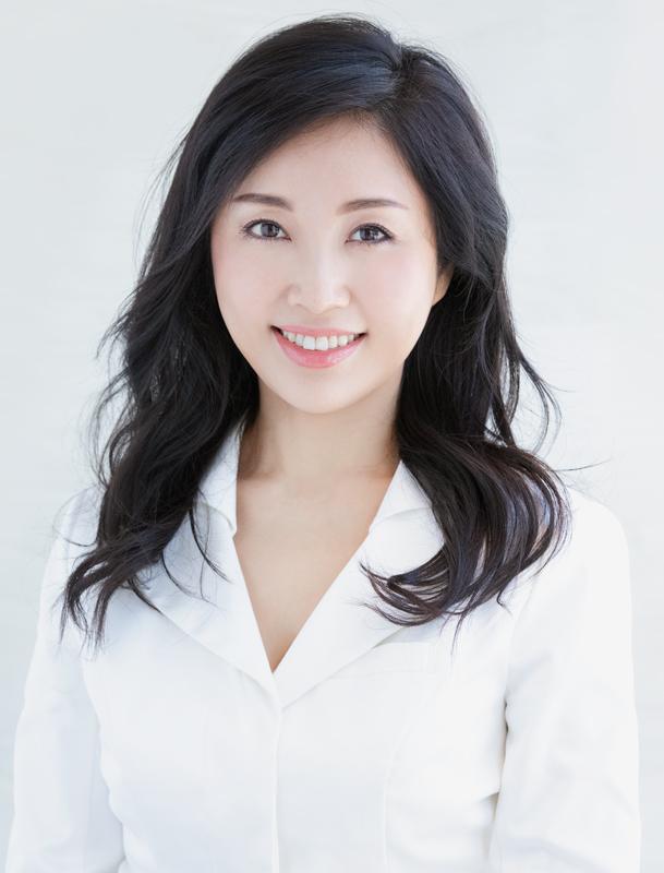 慶田朋子先生の顔写真