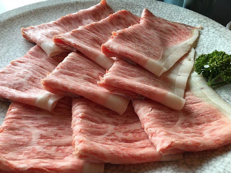 すき焼きの肉