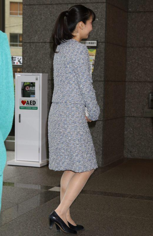 東京都渋谷区で開かれた「第11回コミュニティアクションチャレンジ100アワード表彰式」に出席された秋篠宮家の次女佳子さま(24)の後姿