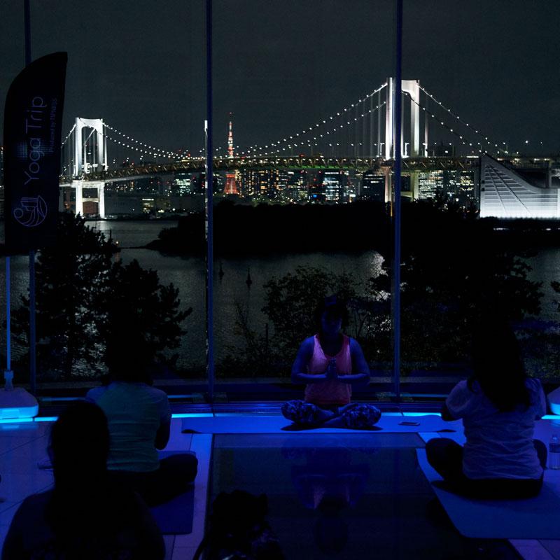 ティップネス主催「YOGA Trip」によるチャペルヨガ「Hilton TOKYO DAIBA session」