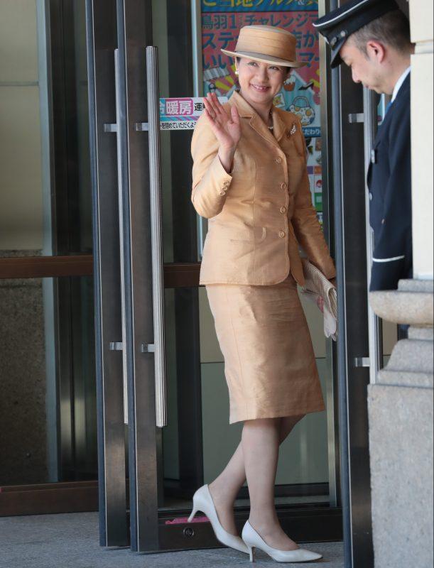 111月23日帰京される雅子さま