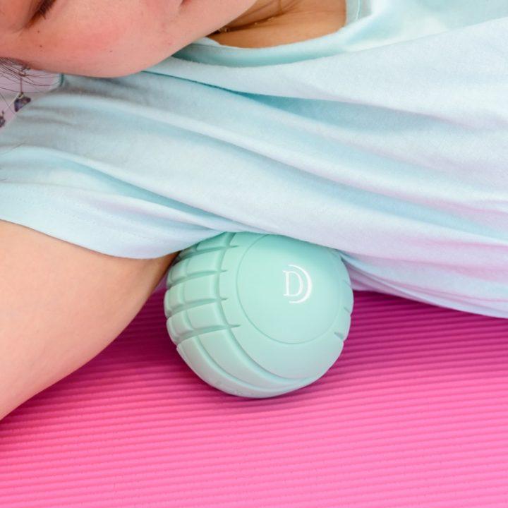 『3D CONDITIONNING BALL SMART(スリーディー コンディショニングボール スマート)』を使うライターY