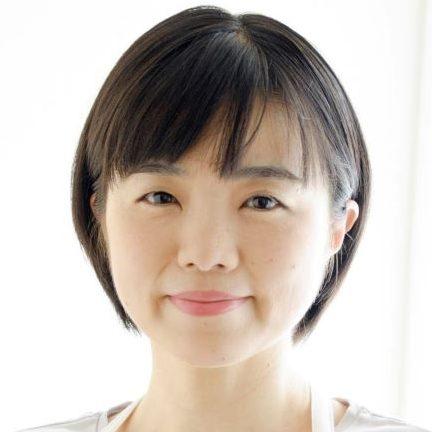 管理栄養士の中村美穂さんの顔