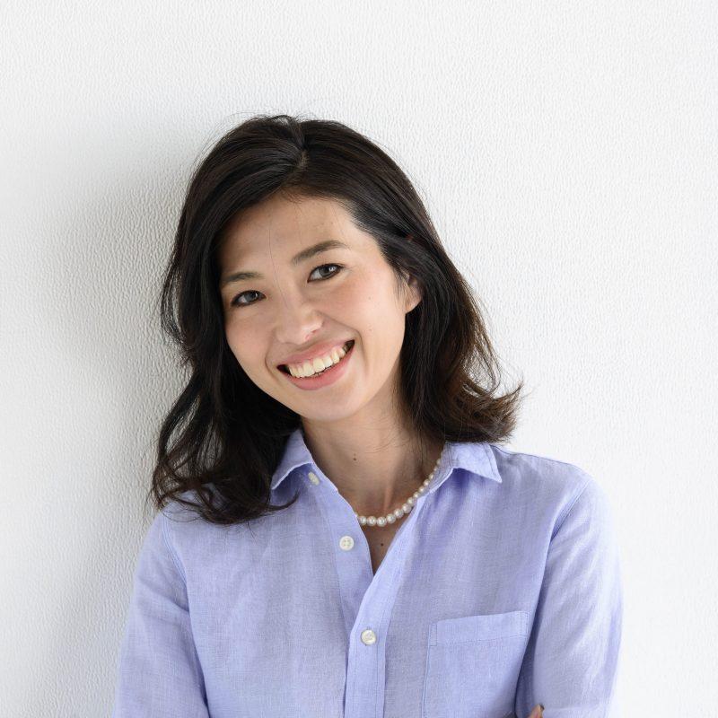 スタイリスト横山麻里さんの顔