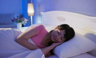 """""""短時間睡眠""""で疲れをとるコツ 睡眠の質を上げて朝スッキリ目覚めるには?"""