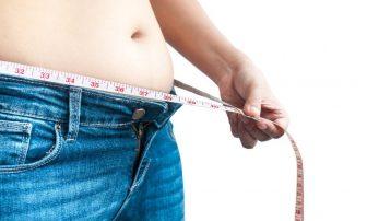 内臓脂肪の特徴と減らす方法|脱メタボのカギは「毎朝体重計に乗る」