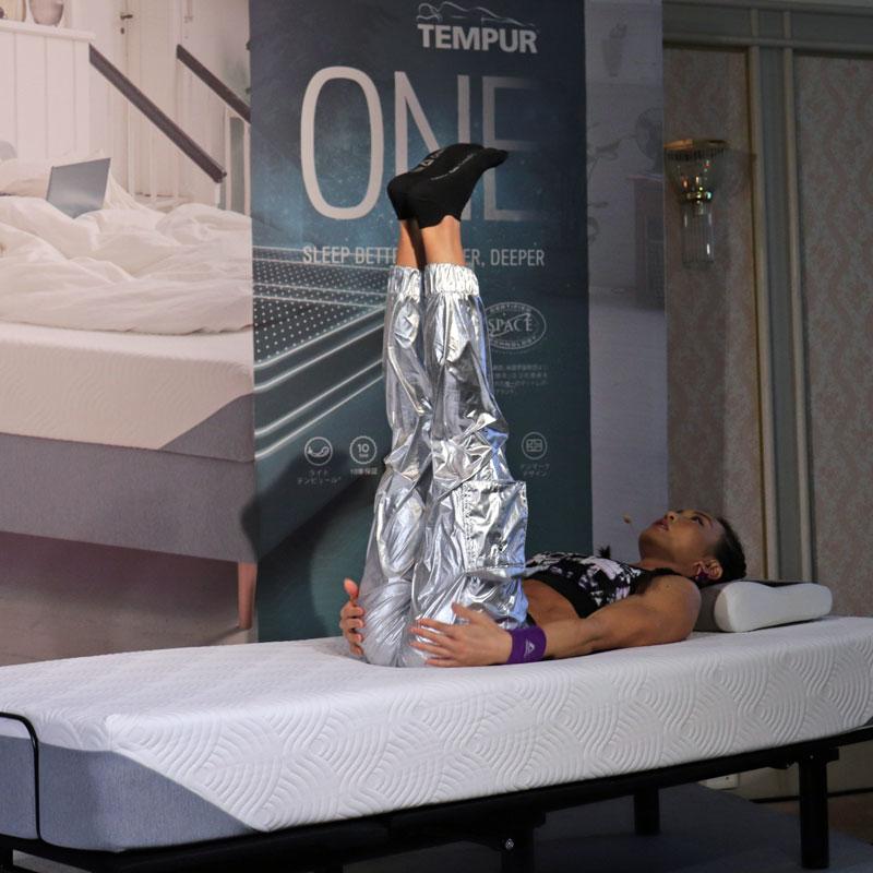 「テンピュール」新製品発売記念トークショー」に出席したクロスフィットトレーナーのAYA