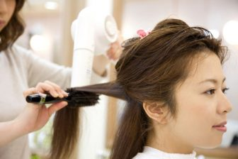 50代に似合う髪型は?AI髪型診断で600通りのバリエからズバリ判定!