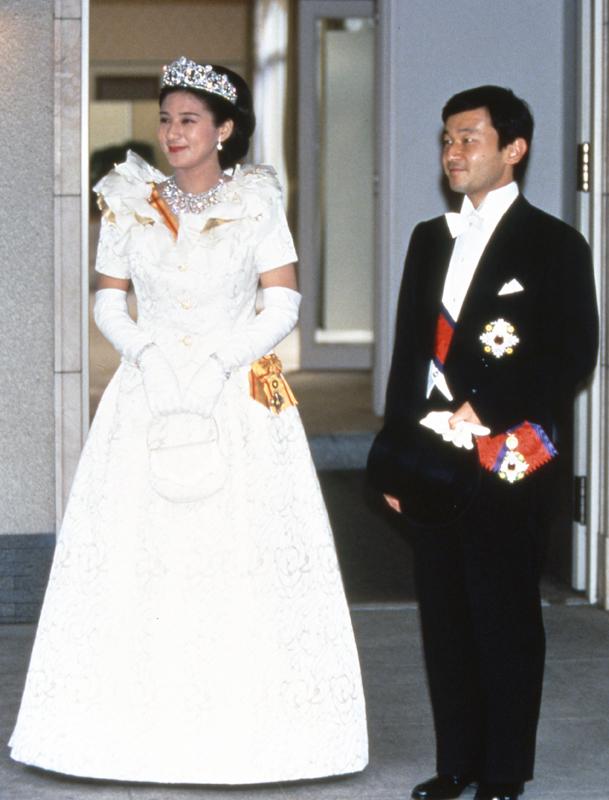 ご成婚の日の雅子さまと天皇陛下