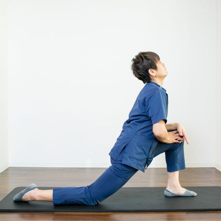 腸腰筋ストレッチのやり方NG