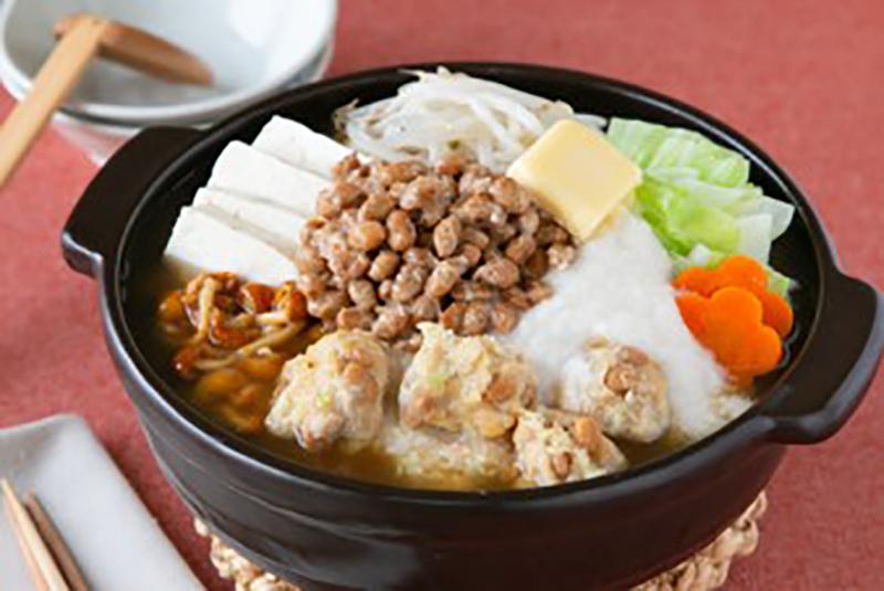 納豆を使ったみそ味の「腸活! 発酵ねばねば鍋」