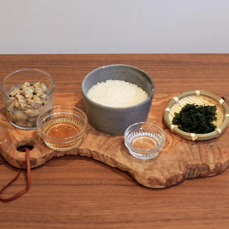 市橋有里がレシピ考案した「あさりとあおさ海苔の炊き込みご飯」材料