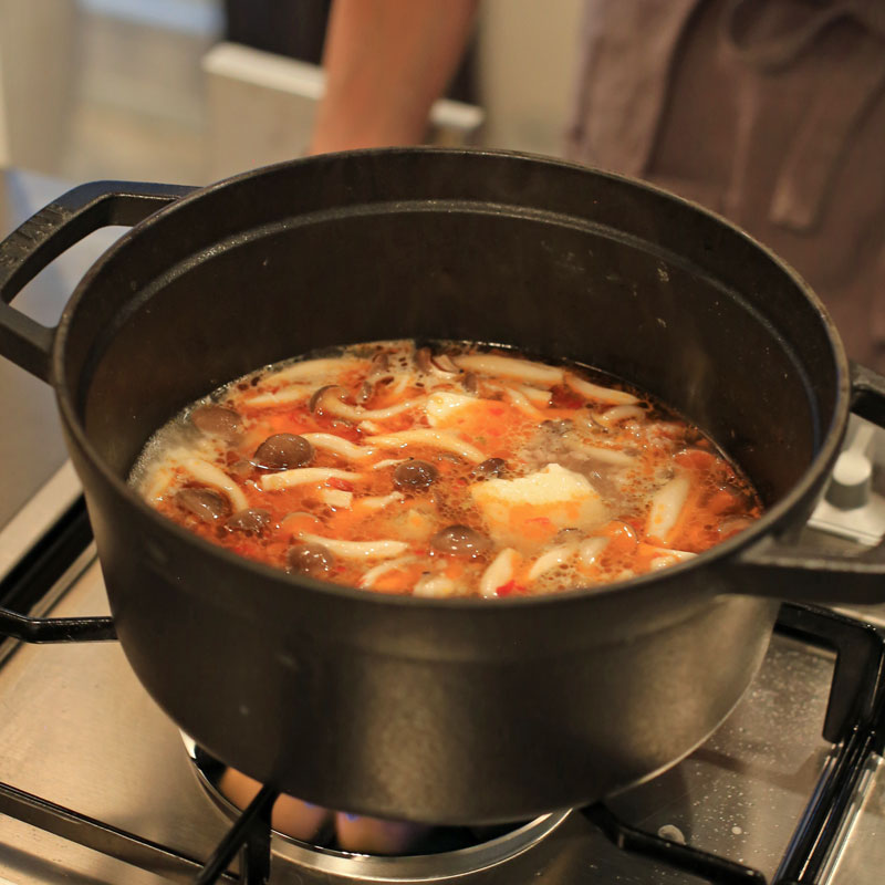 市橋有里がレシピ考案した「納豆タンタンスープ」