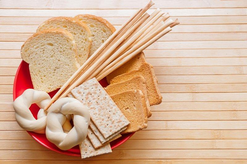 パンがお皿にのっている