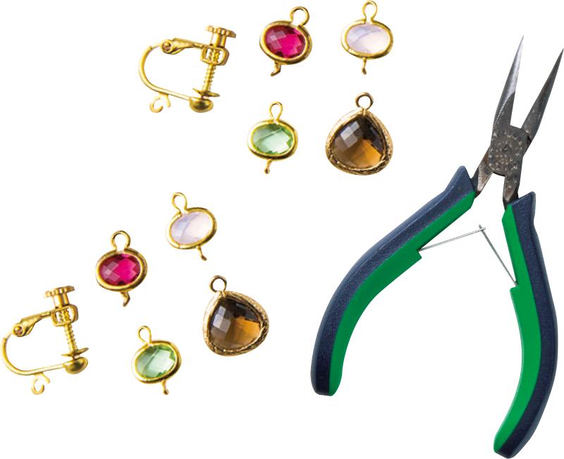 イヤリング金具2個、枠留めガラス製パーツ(片カン)2個、枠留めガラス製パーツ(両カン)6個、平やっとこ