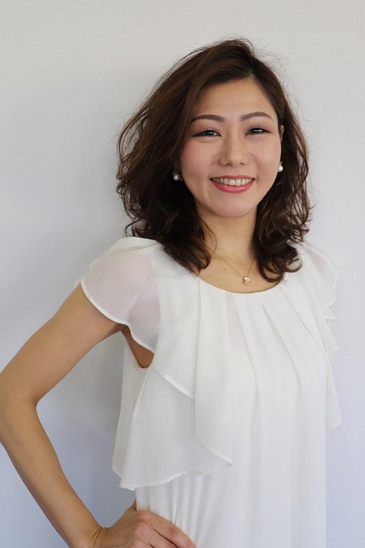 石上亮子さんの顔写真
