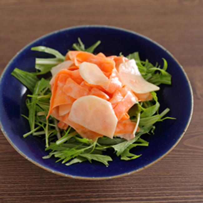 にんじんとかぶのヨーグルトサラダ