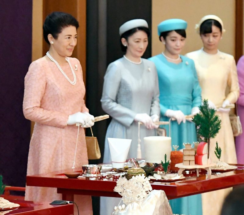 「大饗の儀」2回目の雅子さま、紀子さま、眞子さま、佳子さま