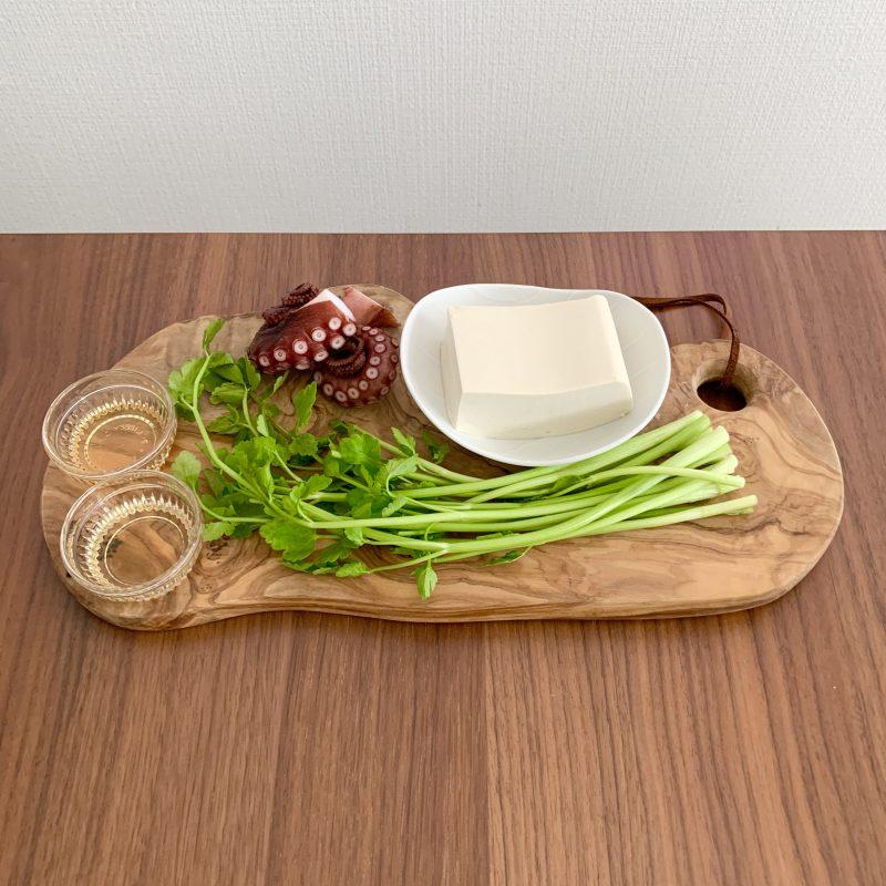 「たことセリのお豆腐サラダ」の材料