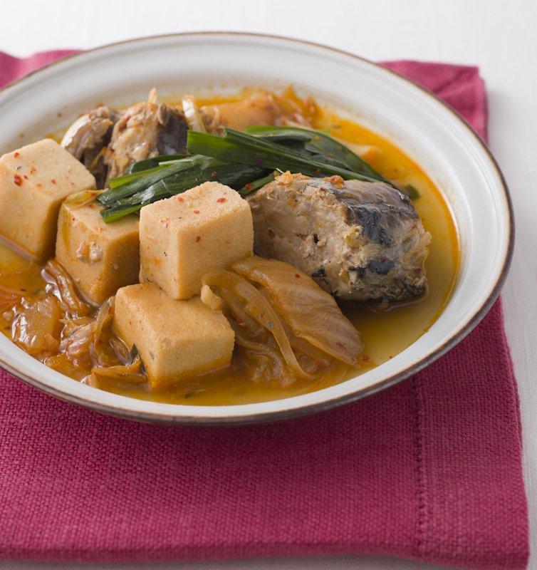 サバと高野豆腐のキムチ煮