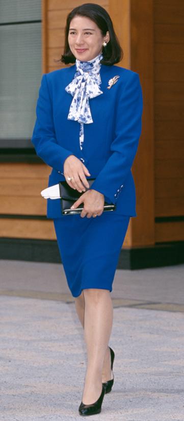1996年10月「全国育樹祭」でロイヤルブルーのスーツをお召しになる雅子さま