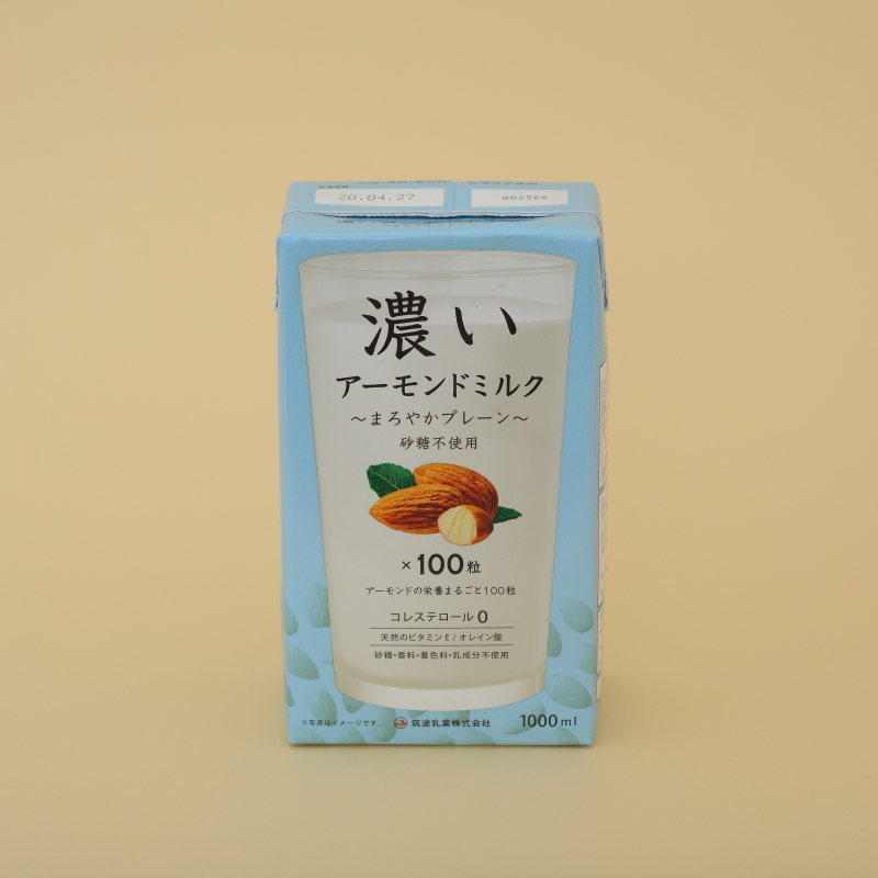 筑波乳業の濃いアーモンドミルク まろやかプレーン 1L