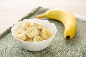 ストレスやうつに悩む人にはバナナがおすすめ!効果UPには牛乳をプラス