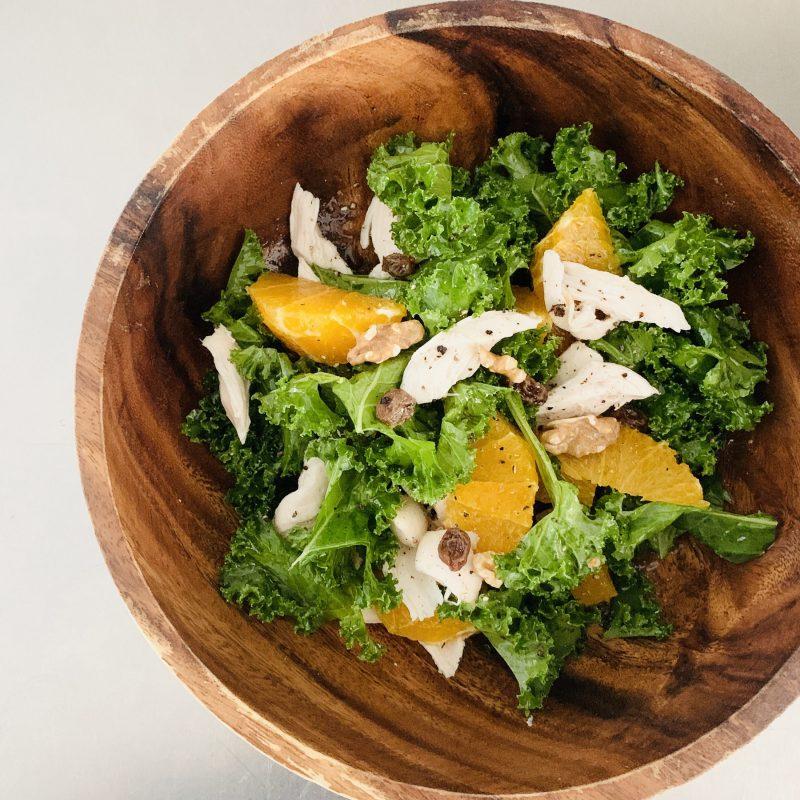 市橋有里がレシピ考案した「オレンジとケールのサラダ」