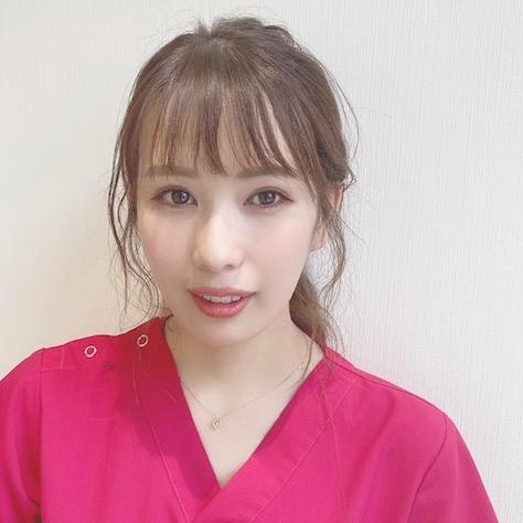 心斎橋フェミークリニックの看護師の北谷茉央さん