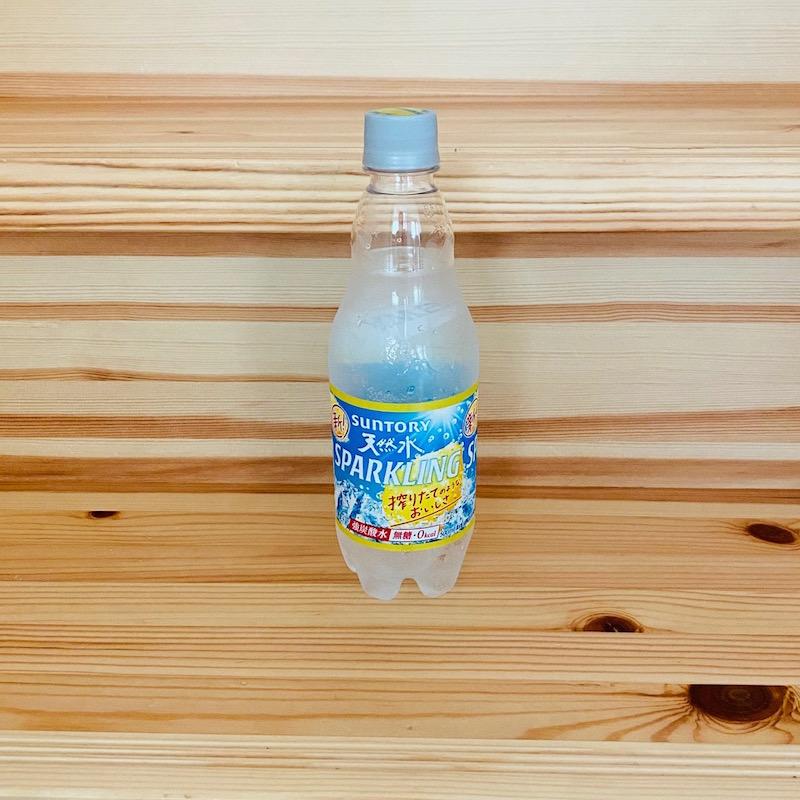 サントリーの南アルプスの天然水 スパークリングレモン