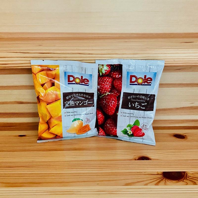 ファミリーマートの冷凍のDole いちごと完熟マンゴー