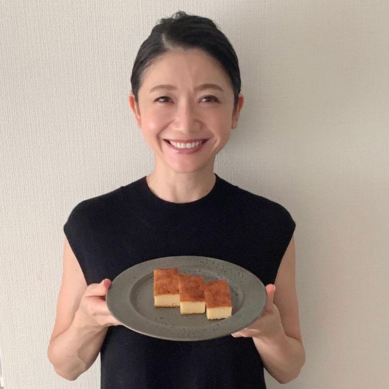 市橋有里のレシピ考案した、美肌効果をプラスした混ぜて焼くだけの簡単フランス菓子「ファーブルトン」