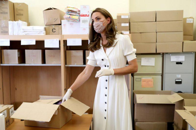 8月4日(現地時間)イングランド中部の都市・シェイフィールドに拠点を持つ子育て支援組織を訪問したときのキャサリン妃