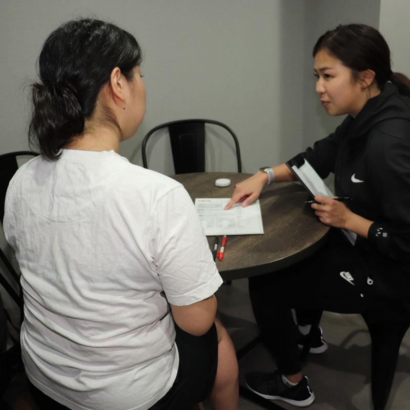 「PLAYGROUND GINZA」の管理栄養士・YUIKAさんとライターI美