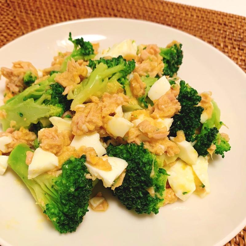 JUNさん考案のコンビニ食材だけで作る「ツナブロッコリー卵サラダ」
