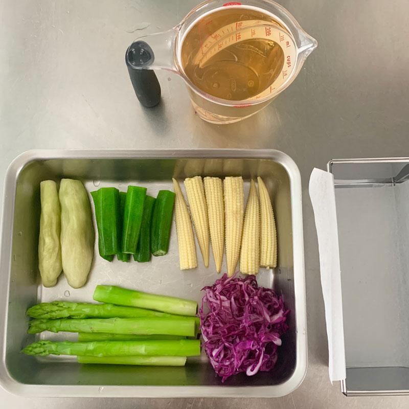 市橋有里がレシピ考案した「夏野菜のテリーヌ」の材料