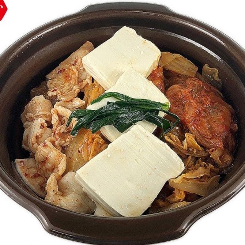 セブンイレブン「キムチ増量1/2日分野菜のキムチ鍋」