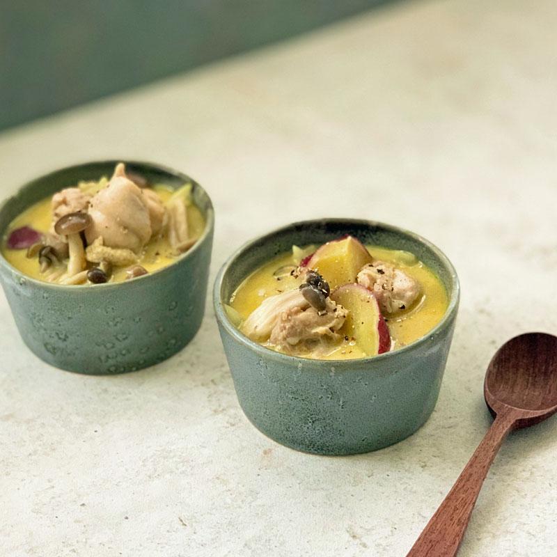 市橋有里がレシピ考案した「きのことさつまいもの豆乳カレースープ」