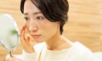 顔の肌荒れの原因は内臓にあり!?口のまわりは胃腸、額は心臓の不調に要注意