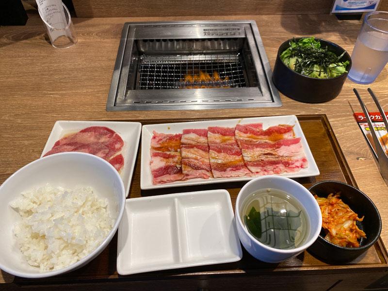 焼き肉ライクのバラカルビ&牛タンのセットメニュー