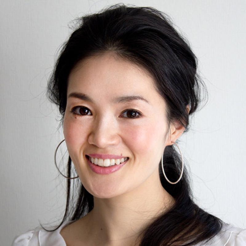 美容エディター・鵜飼香子さんの顔写真