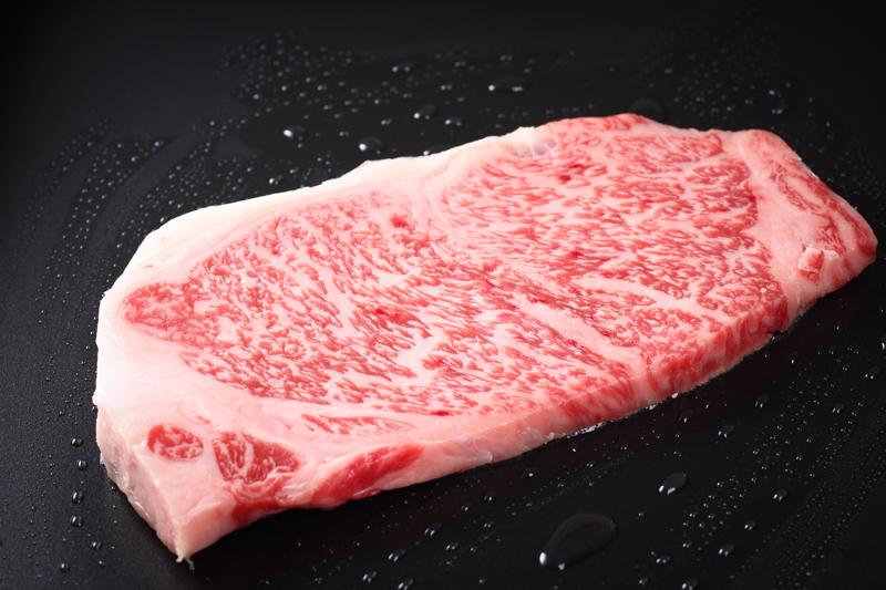 高級なステーキ肉