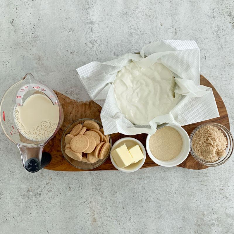 チーズを使わない、アーモンドミルクで作るヘルシースイーツ「アーモンドチーズケーキ」材料