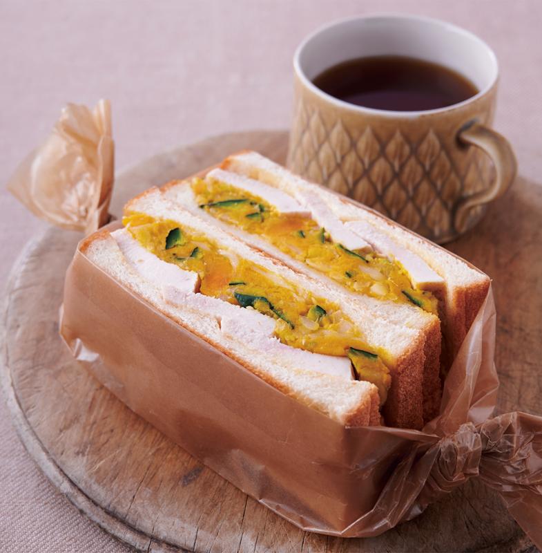 ゆで鶏とかぼちゃのサンドイッチ