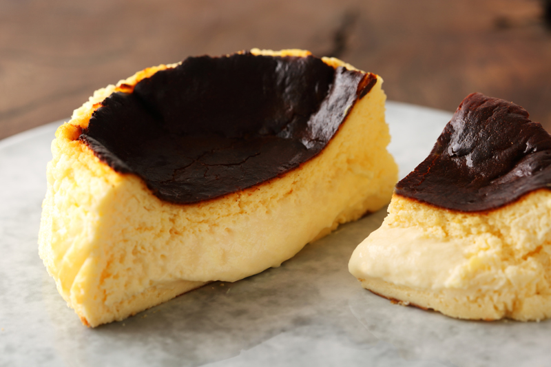 濃厚とろ生バスクチーズケーキ