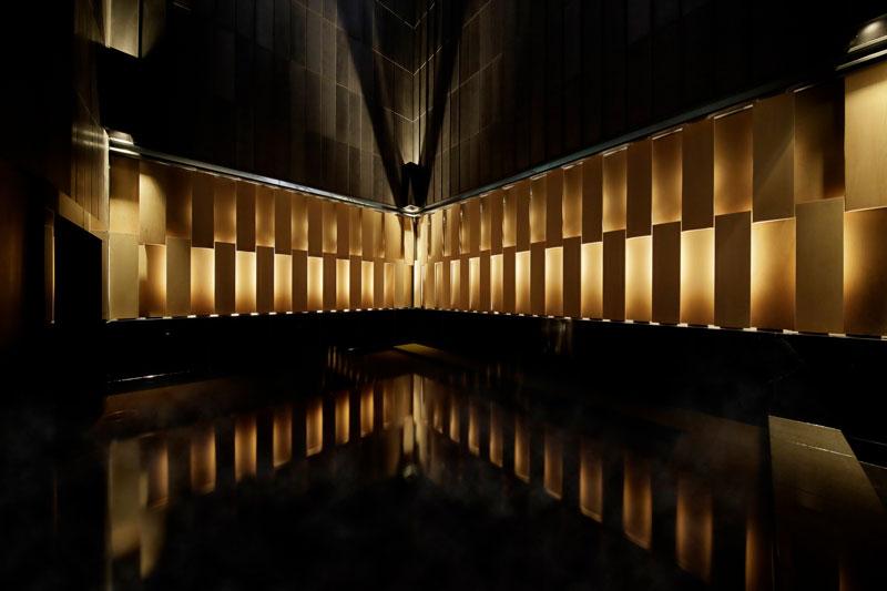 日本旅館「星のや東京」の温泉大浴場