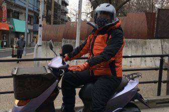 【63歳オバ記者のリアル】ワークマンのバイクウェアは本当に最強防寒か?真冬の道を原付きで走っ…