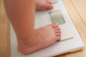 食べてないのに太るのはなぜ?そのメカニズムと痩せるための食生活のポイント